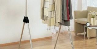 Suspendez vos vêtements sur un portant pliant