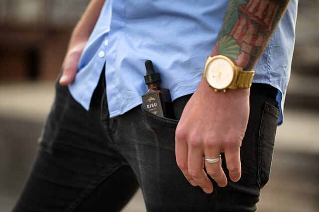 jeans et chemise